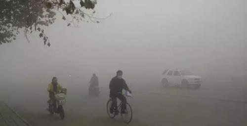 石家庄治霾后PM2.5仍破千:学校不停课 企业偷开工