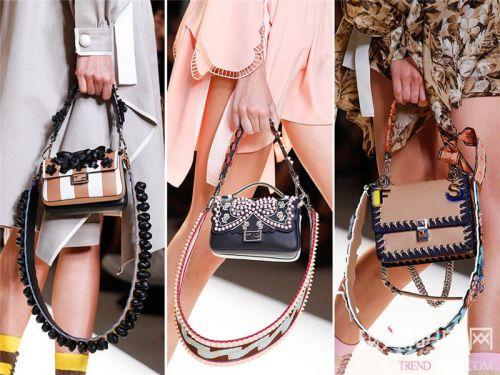 迷你小包成人手一件的时尚单品,靠它加分轻松任性!
